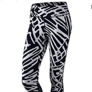 Nike Dri Fit Black and White Cropped Leggings